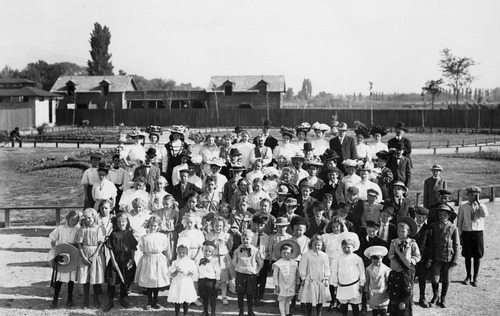 photo courtesy Utah State Historical Society  A group of children at Wandamere June 10, 1908.