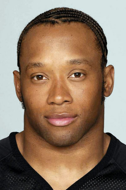 **FILE**Atlanta Falcons running back Jamal Anderson is shown in this 2001 handout photo. Anderson has agreed in principle to a contract with the New England Patriots. ``It's looking pretty good,'' his agent, James Sims, said Monday, Aug. 26, 2002. The former Pro Bowl running back played the last eight seasons with Atlanta but was hampered by serious knee injuries the past two years. The Falcons released him in June. (AP Photo/NFL)