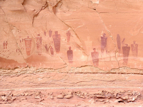 (Joel Pederson | Utah State University)  Using luminescence dating techniques, USU researchers have determined the pictographs at the Great Gallery in Canyonlands National Park's Horseshoe Canyon are far younger, perhaps 1,000 to 2,000 years old, than previously believed.
