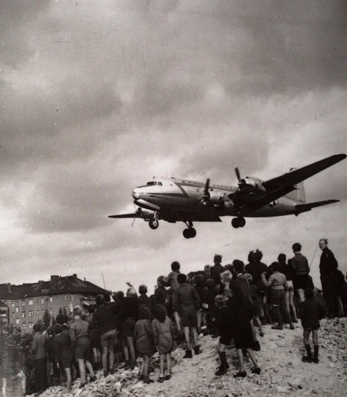 """This undated file photo shows the Douglas C-54 aircraft which was flown by Gail S. Halvorsen during the Berlin Airlift. Lt. Halvorsen earned the nickname of """"The Candyman"""" after he dropped presents of chewing gum to the children of the city. (AP Photo/File)"""