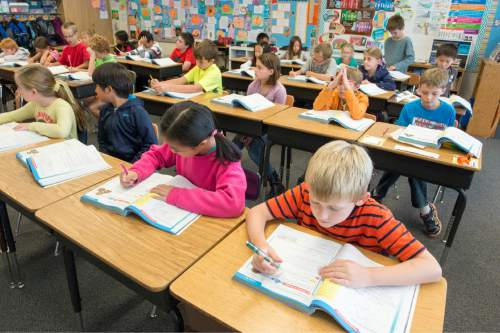 Rick Egan  |  The Salt Lake Tribune  Sonja Aoki's 4th grade class at Morningside Elementary School, in Holladay, Monday, October 27, 2014.