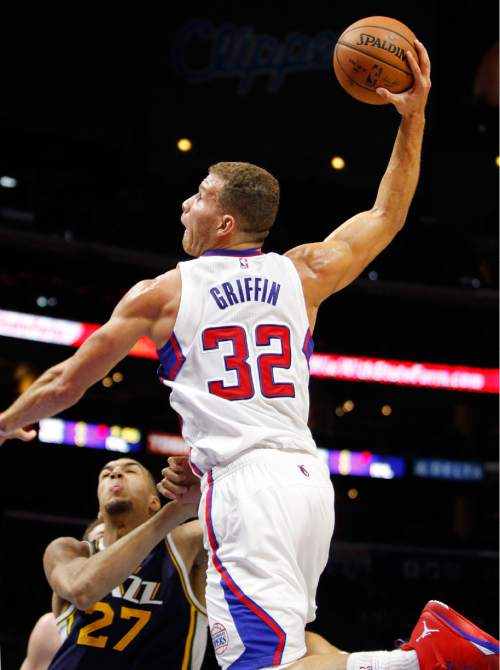 Los Angeles Clippers forward Blake Griffin (32) goes in for a dunk over Utah 084b4e202