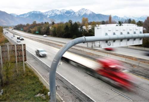 Steve Griffin     The Salt Lake Tribune  Traffic on I-80 near 1700 east  in Salt Lake City, Friday, November 14, 2014.