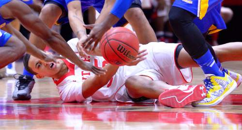 Leah Hogsten     The Salt Lake Tribune Utah Utes guard Delon Wright (55) throws to a teammate after hitting the court for the steal. The University of Utah defeated the UC Riverside Highlanders, 88-42, November 21, 2014, at the Jon M. Huntsman Center.