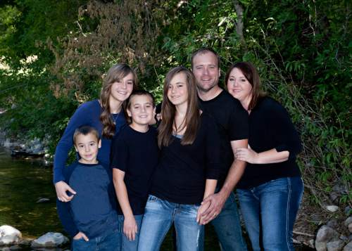 "| Courtesy (Left to Right) Rosemary's family on ""My Five Wives"": Brandon, Kimberly, James, Taylor, Brady and Rosemary."