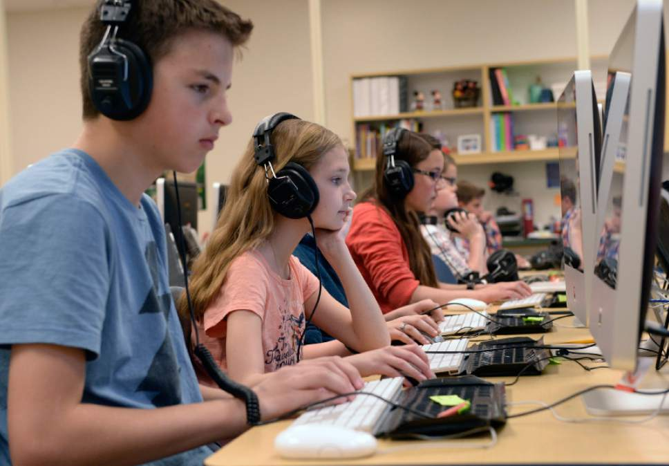 Al Hartmann  |  The Salt Lake Tribune Sixth graders at Fox Hollow Elementary School in Lehi take the state SAGE test. Starting teacher salaires for elementary school teacchers  in the Alpine School District is $41,000 for the 2017i-18 school year.