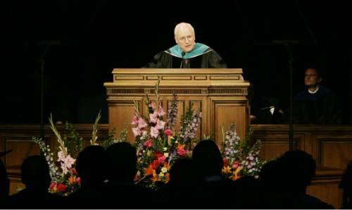 Vice President Dick Cheney addresses 6,000 graduates at the Marriott Center in Provo for BYU's commencement . 4/26/07  Jim Urquhart/Salt Lake Tribune