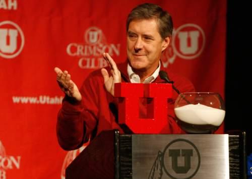 BCS ANNOUNCEMENT Utah athletic director Chris Hill applaudes for the Utes' 12-0 season as he opens the BCS announcemnet party held at Rice-Eccles Stadium, Sunday, 12/7/08. Scott Sommerdorf / The Salt Lake Tribune