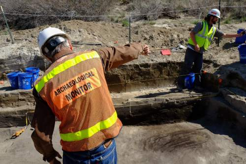 Francisco Kjolseth  |  The Salt Lake Tribune  Archaeologists excavate the remains of an ancient pit house in Dimple Dell Canyon in Sandy, Utah, that was discovered by an archaeological technician working with Questar Gas that is in the process of installing a new gas pipeline.  Currently estimated to be between 500 and 1,500 years old, the site has revealed projectile points, chipped rocks, animal bones and obsidian cutting tools or hunting tip.