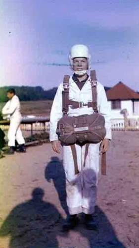 Courtesy  |  Donna Pease Wiggins  Patrick Wiggins prepared to jump on his first weekend of skydiving in 1965.