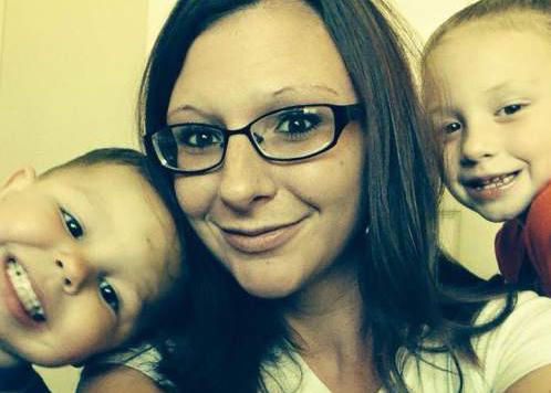Courtesy  |  Sheila Lyon-Pruitt  Shawna Smith and her children, Tylee Smith and Blake Smith.