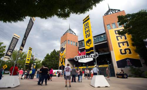 Steve Griffin  |  The Salt Lake Tribune  Fans enter Smith's Ballbark before the start of the Bees versus the Las Vegas 51's baseball game Wednesday, August 5, 2015.  l