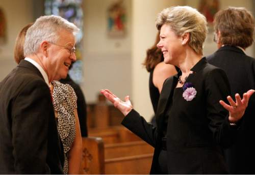 "Former Louisiana Governor Charles ""Buddy"" Roemer talks with Cokie Roberts, daughter of Lindy Boggs, before the funeral service for Boggs at St. Louis Cathedral in New Orleans, Thursday, Aug. 1, 2013. Boggs represented New Orleans for 18 years after succeeding her late husband, Hale Boggs, in the House of Representatives. She later served as the U.S. ambassador to the Vatican. She died Saturday at age 97.  (AP Photo/Susan Poag)"