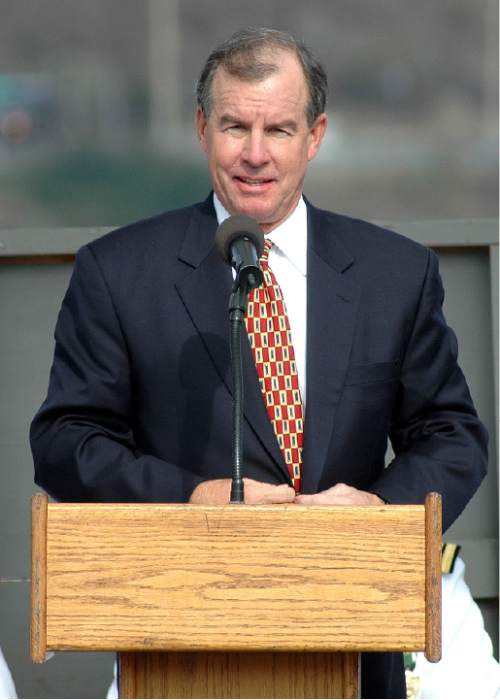 San Diego, Calif. (Oct. 26, 2005) –Adm. (Retired) Thomas Fargo gives his remarks as a guest speaker during the inactivation ceremony for the Los Angeles Class fast attack submarine USS Salt Lake City (SSN 716) at Naval Base Point Loma. Salt Lake City was launched on October 16, 1982 and commissioned on May 12, 1984. (U.S. Navy photo by Photographer's Mate 3rd Class Timothy F. Sosa.)