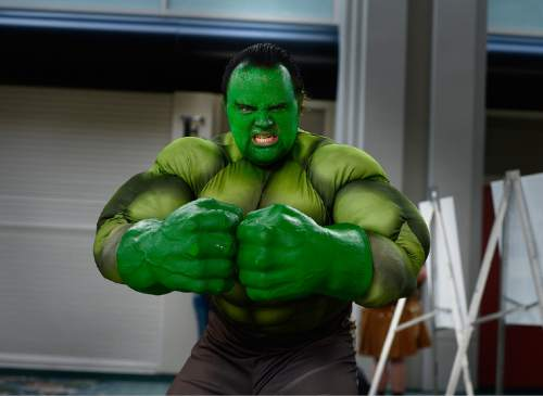 "Scott Sommerdorf   |  The Salt Lake Tribune Matthew Moody as ""The Hulk"" strikes a pose as he arrives at ComicCon, Saturday, September 26, 2015."