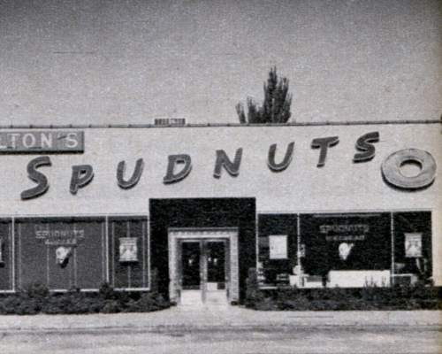 """Photo from 1952 issue of """"Mechanix Illustrated."""" 