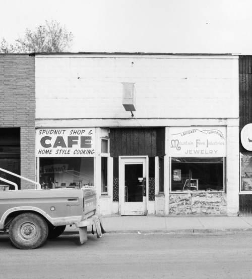 Photo courtesy Utah Historical Society | A Spudnut shop in Milford, Utah, in 1980.