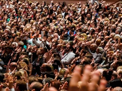 Trent Nelson  |  The Salt Lake Tribune Members of the LDS Church vote to sustain church leaders by raising their hands at the 185th Semiannual General Conference of the LDS Church in Salt Lake City, Saturday October 3, 2015.