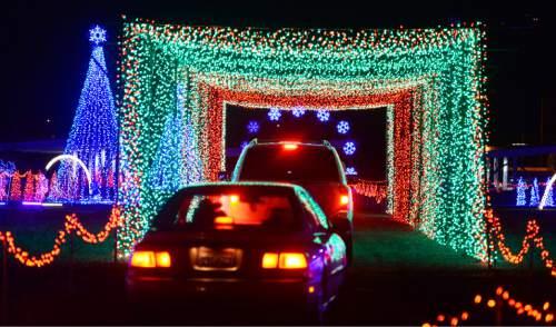 Video Nearly A Million Dancing Lights On Menu Of Drivethru