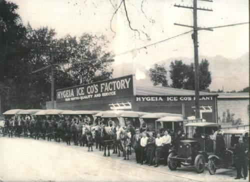 Courtesy  |  Lynne Olson  Hygeia delivery equipment, 1921.