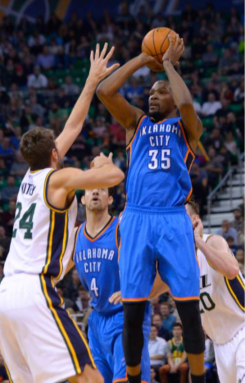 Leah Hogsten  |  The Salt Lake Tribune Oklahoma City Thunder forward Kevin Durant (35) had 21 points in the game and 8 rebounds. Oklahoma City Thunder defeated the Utah Jazz 94-90 at Vivint Smart Home Arena, Friday, December 11, 2015.