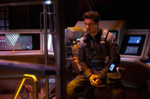 "Steven Strait as Earther James Holden in ""The Expanse."" Rafy  