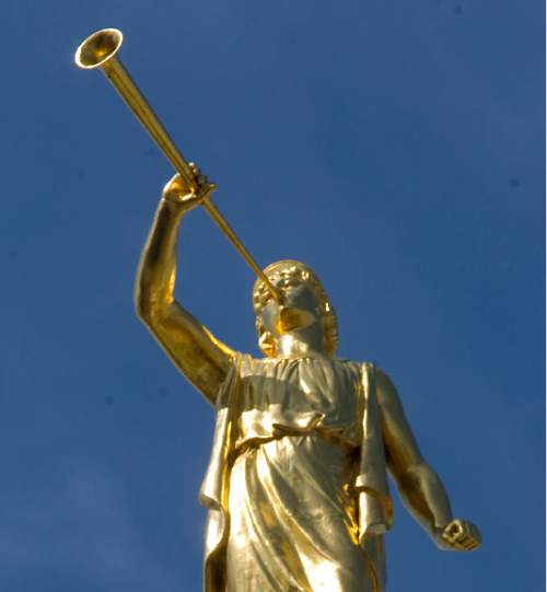 Statue of Angel Moroni Al Hartmann/Salt Lake Tribune     3/24/08