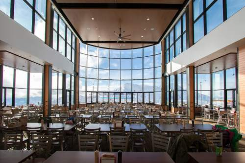 Snowbird resort in utah opens restaurant at 11 000 feet for Design hotel utah
