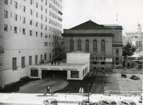 file photo  |  The Salt lake Tribune  The employee entrance for the Hotel Utah is seen in this 1940 photo. This spot is now the entrance to the parking garage at the Joseph Smith Memorial Building.
