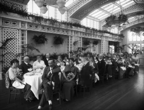 The restaurants and banquet rooms in the Hotel Utah were the premiere location for hosting civic and business function. This photo, taken in 1914, shows The Commercial Club Courtesy Desert Book