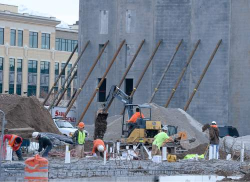 Francisco Kjolseth | The Salt Lake Tribune New development is constructed West of the Gateway. A poll on the Utah economy is tied to new report released on Tuesday.