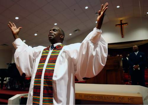 Chris Detrick  |  Salt Lake Tribune    The Rev. France Davis delivers the benediction during the worship service the morning of Sunday December 31, 2006 at Calvary Baptist Church.