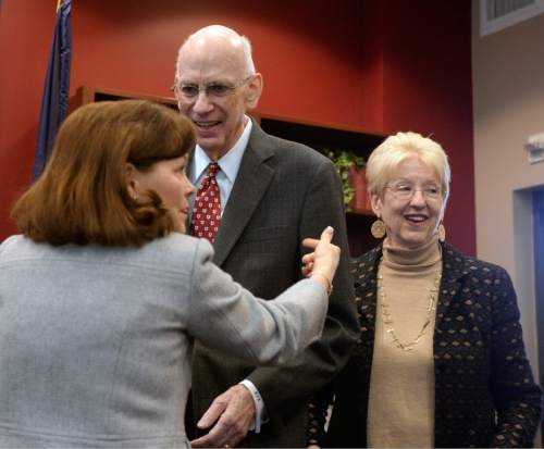 Al Hartmann  |  The Salt Lake Tribune Jackie Leavitt, wife of three-time Governor of Utah Mike Leavitt, greets good friends former Senator Bob Bennett and his wife Joyce McKay Bennett Wednesday Jan. 27 at the University of Utah where the Hinckley Institute of Politics inducted Bennett into the Hinckley Hall of Fame.