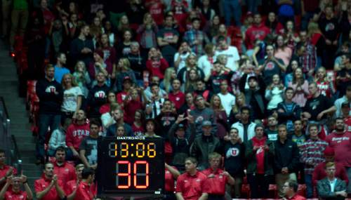 Lennie Mahler     The Salt Lake Tribune  The college shot clock begins at 30, down from 35, in a basketball game between the Utah Utes and Southern Utah Thunderbirds at the Huntsman Center in Salt Lake City, Friday, Nov. 13, 2015.