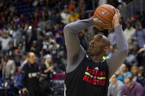79ef429b Western Conference's Kobe Bryant, of the Los Angeles Lakers, lines up a  shot during