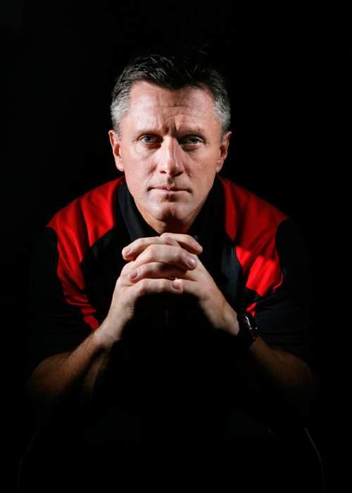 COACH WHITTINGHAM Utah head football coach Kyle Whittingham, Thursday, 12/4/08. Scott Sommerdorf / The Salt Lake Tribune