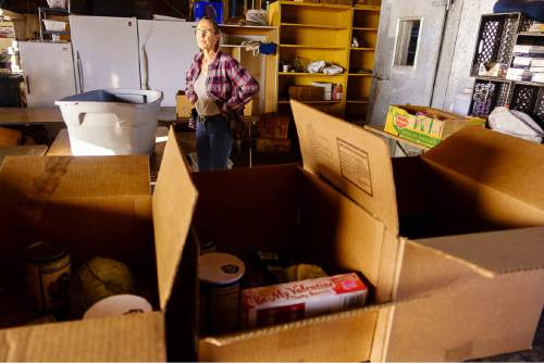 Trent Nelson  |  The Salt Lake Tribune Donna McGinnis, a volunteer at Southwest Recovery Mission Ministries in Apple Valley, Thursday February 25, 2016. The organization provides donated food to families in Hildale, Utah and Colorado City, Arizona.