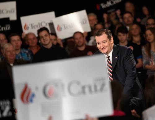 Republican presidential candidate, Sen. Ted Cruz, R-Texas smiles during an interview with television host Sean Hannity, Friday, Feb. 26, 2016, in Nashville, Tenn. (AP Photo/Sanford Myers)
