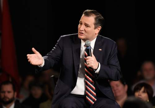 Republican presidential candidate, Sen. Ted Cruz, R-Texas answers a question during an interview with Sean Hannity, Friday, Feb. 26, 2016, in Nashville, Tenn. (AP Photo/Sanford Myers)