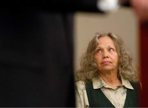 Wanda Barzee, right, listens as attorneys argue whether she is competent to stand trial for her part in the Elizabeth Smart kidnapping during procedings in Utah's 3rd District Court in Salt Lake City Monday, June 28, 2004.  (AP Photo/Deseret Morning News, Jeremy Harmon, Pool)