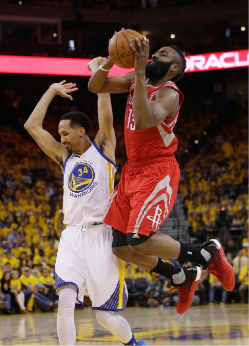 07d2d02730c1 Houston Rockets  James Harden (13) commits an offensive foul on Golden State  Warriors