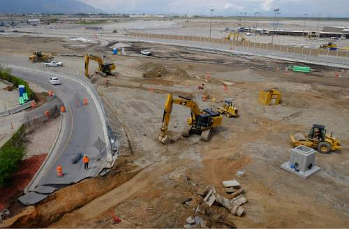 Francisco Kjolseth   The Salt Lake Tribune  Work continues on the Salt Lake City International Airport on Wed. April 27, 2016, during major renovations as part of their terminal redevelopment program.