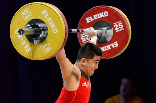 Trent Nelson  |  The Salt Lake Tribune Brey Kobashigawa lifts on day 1 of 2016 USA Weightlifting National Championships at the Salt Palace in Salt Lake City, Friday May 6, 2016. Snatch