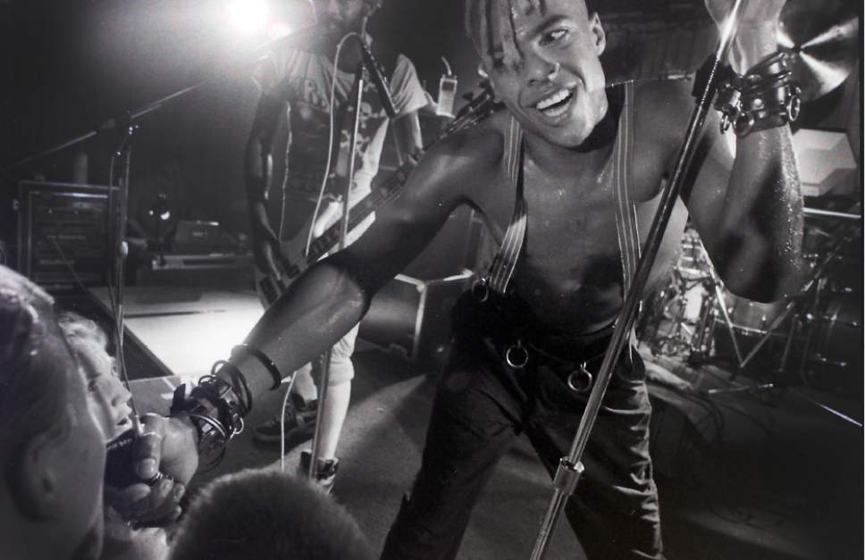 Rick Egan  |  Tribune file photo Angelo Moore with Fishbone performst at Speedway Cafe in Dec. 1989.