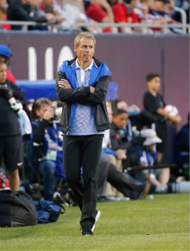 United States manager Jurgen Klinsmann watches during a Copa America Centenario group A soccer match against Costa Rica at Soldier Field in Chicago, Tuesday, June 7, 2016. (AP Photo/Charles Rex Arbogast)