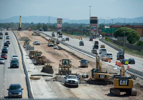 Rick Egan  |  The Salt Lake Tribune  Construction on Interstate 215, looking south from 3100 South,  Monday, June 27, 2016.