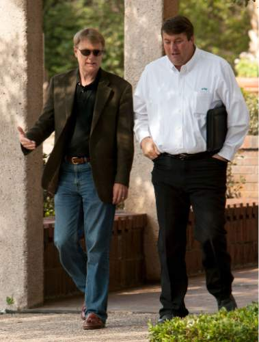 Trent Nelson  |  The Salt Lake Tribune San Angelo - Then-FLDS spokesperson Willie Jessop and attorney Rod Parker walk outside the Tom Green County Courthouse after the Supreme Court of Texas let a ruling stand to return the sect's children to their parents, Thursday May 29, 2008.