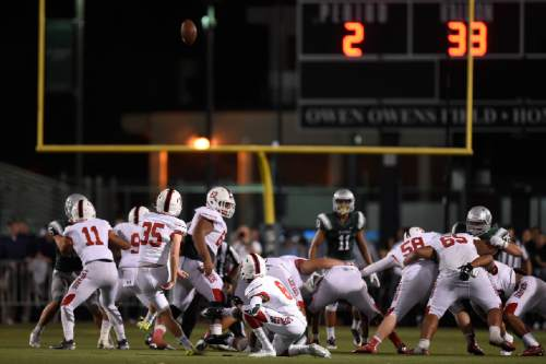 East Leopards' Matt Barker (35) fails to make a 50-yard field goal with 9.0 seconds on the clock in the second quarter of their game at De La Salle High School in Concord, Calif., on Friday, Sept. 16, 2016. (Jose Carlos Fajardo/Bay Area News Group)
