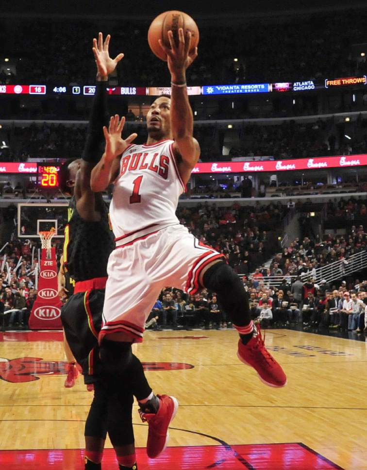 FILE - In this March 28, 2016, file photo, former Chicago Bulls guard