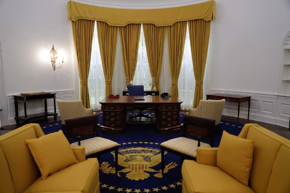 Where Is The Oval Office To In This Wednesday Oct 5 2016 Photo Lifesize Replica Richard Nixon Museum Makeover Puts Visitors In His Shoes The Salt